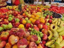 Frukter marknadsför in Royaltyfri Bild