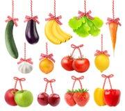 Frukter och grönsaker som julgarnering Arkivbild