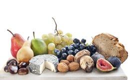 Frukter och ost Arkivfoton