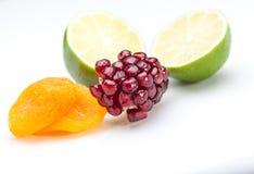 Frukter på white Fotografering för Bildbyråer