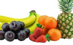 Frukter som isoleras på vit bakgrund med den snabba banan Fotografering för Bildbyråer