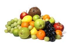 Frukter som isoleras på white Royaltyfri Fotografi