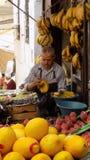 Frukthandel Tetouan- Marocko Arkivbilder