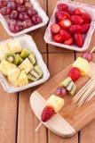 Fruktkebab Arkivfoto