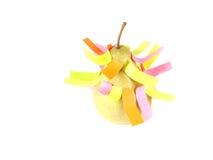 Fruktkolmpozitsiya av gröna päron och klistermärkear Royaltyfri Bild