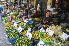 Fruktmarknad i Bangkok Royaltyfri Bild
