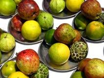 fruktplattor Arkivfoto