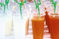 fruktsaft mjölkar teavattenmelonen royaltyfri bild