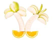 Fruktträd som göras av bananer, äpplen och apelsiner Royaltyfria Foton