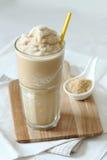 Frullato del caramello e del caffè Fotografia Stock