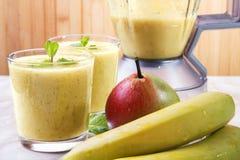 Frullato della pera e della banana Immagine Stock