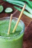 Frullato verde dell'aloe Fotografia Stock