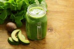 Frullato verde organico naturale fresco fotografia stock