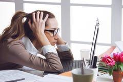 Frustated-Geschäftsfrau Stockfotografie