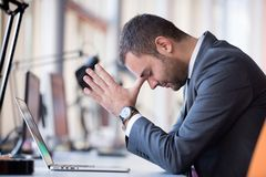 Frustrated young business man Royalty Free Stock Photo