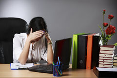 Frustrated young businesswoman Royalty Free Stock Photography