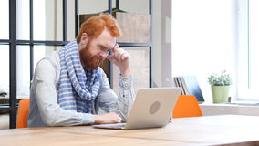 Frustration and Penic of Failure by Beard Man Working on Laptop Royalty Free Stock Photos