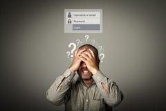 frustrerat Glömde lösenordbegrepp Fråga-fläckar royaltyfria foton