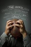 frustriert Viele Probleme Mann in den Gedanken stockfotos