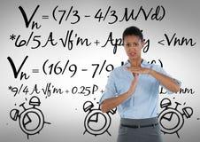 frustrierte Frau mit Mathehintergrund Stockbild