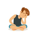 Frustrierter Junge, der auf dem Boden in Lotussitzcharakter-Vektor Illustration sitzt Stockfoto