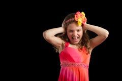 Frustriertes Mädchen mit den Händen auf Kopf Stockfotos