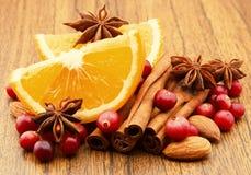 Fruta. Bagas e especiarias Fotografia de Stock