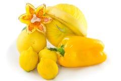 Fruta cítrica, amarillo de la fruta y verdura con la sombra Fotos de archivo