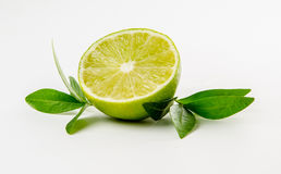 Fruta Cal y hojas de menta verdes Imagen de archivo