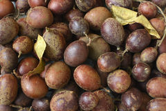 Fruta de Guapaque en mercado Imagenes de archivo