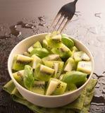 Fruta de kiwi cortada Foto de archivo