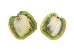 Fruta de kiwi grande cortada Imagenes de archivo