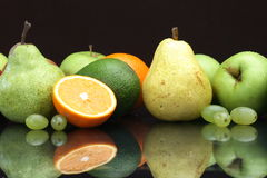 fruta de la Aún-vida Fotografía de archivo libre de regalías