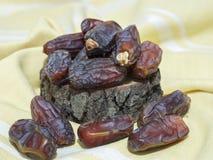 Fruta de la palma consumida por los musulmanes en el Ramadán fotografía de archivo