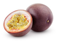 Fruta de la pasión con el corte aislado en blanco Fotografía de archivo libre de regalías