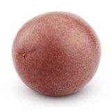 Fruta de la pasión entera aislada en blanco Fotografía de archivo