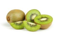 Fruta de quivi isolada no branco Fotos de Stock Royalty Free