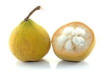 Fruta de Santol Fotos de archivo libres de regalías