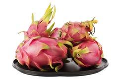 Fruta del dragón en la bandeja Imágenes de archivo libres de regalías