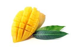 Fruta del mango con las hojas Imagen de archivo libre de regalías