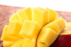 Fruta del mango en la madera Fotografía de archivo