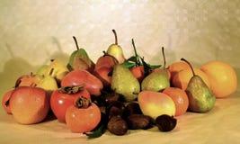 Fruta del otoño, aún vida Fotos de archivo libres de regalías