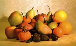 Fruta del otoño, aún vida Imágenes de archivo libres de regalías