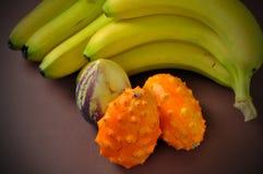 fruta del paraiso met bananen Stock Foto's