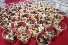 fruta deliciosa con la llamada de la salsa y x22; buah& x22 del rojak; Fotografía de archivo