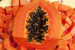 Fruta desbastada deliciosa da papaia Fotografia de Stock