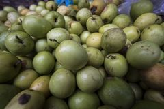 Fruta en Lao Cai Market, Vietnam foto de archivo libre de regalías