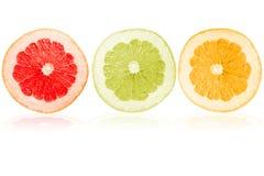 Fruta en un fondo blanco Fotografía de archivo