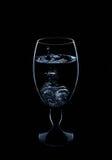 Fruta fría fresca del chapoteo del movimiento del fuego de la acción del agua de las bebidas, sana Foto de archivo libre de regalías