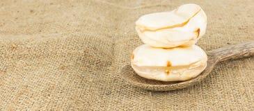 Fruta fresca de la palma de toddy en textura marrón fotografía de archivo libre de regalías